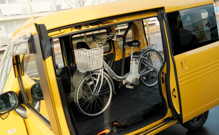 N-VANに自転車を積んでいる写真です。