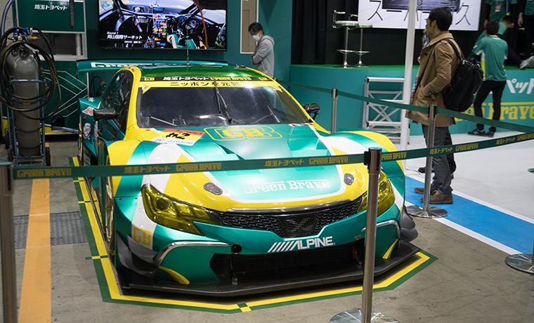 レーシングカーの画像です。
