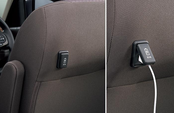 USBチャージャー(2列目リアシート用)
