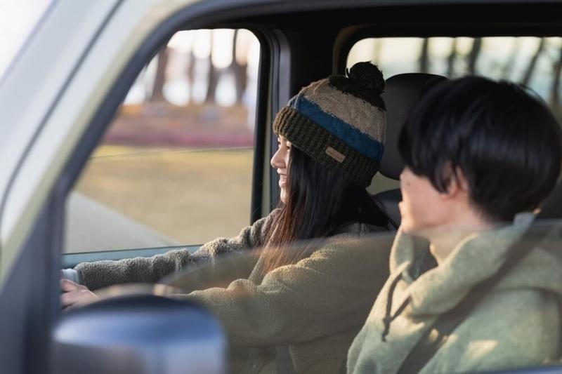 Hondaの軽自動車N-VANの運転イメージ写真