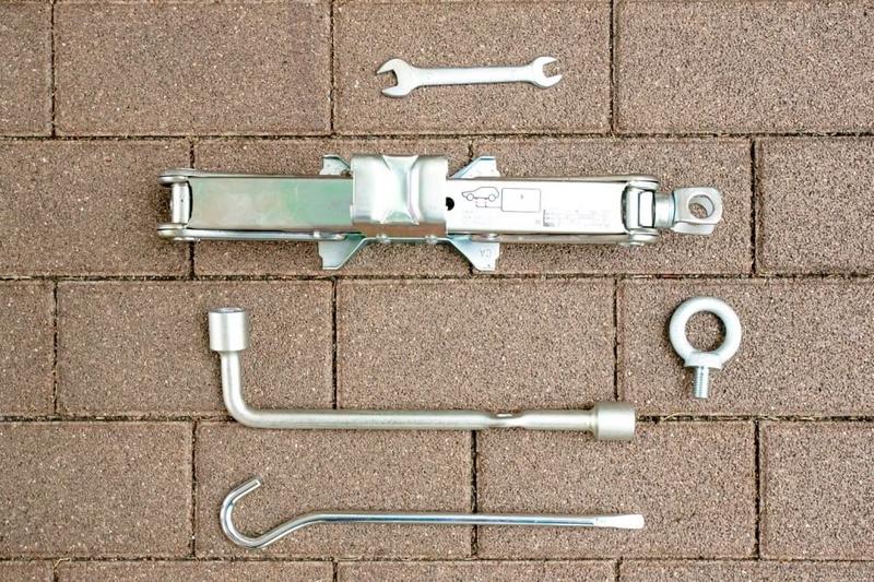 バモスホビオの車載工具一覧