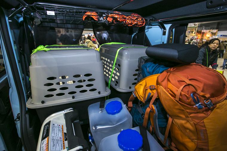 Hondaの軽バン「N-VAN(エヌバン)」をベースに作ったS.A.R. Dog Conceptには荷物がたっぷり入る