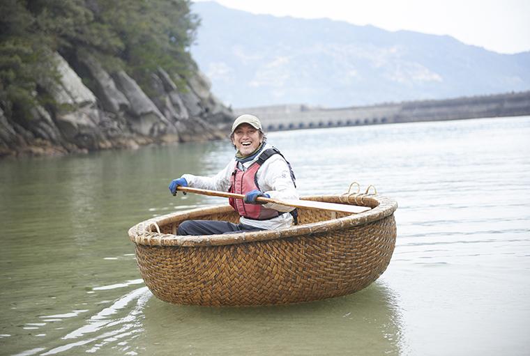 小雀陣二流、N-VANで作る料理キャンプベース~四国グルメ×海を楽しむ春合宿!徳島の自然と食材を味わい尽くすグルメキャンピング~