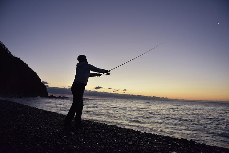 釣りをする様子