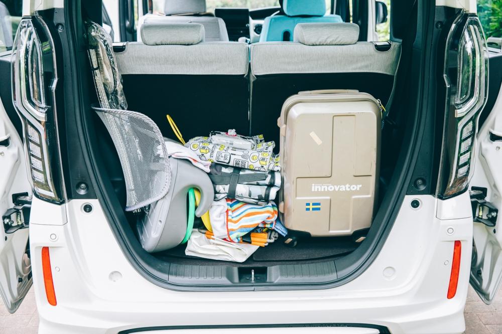 片付け前の荷室
