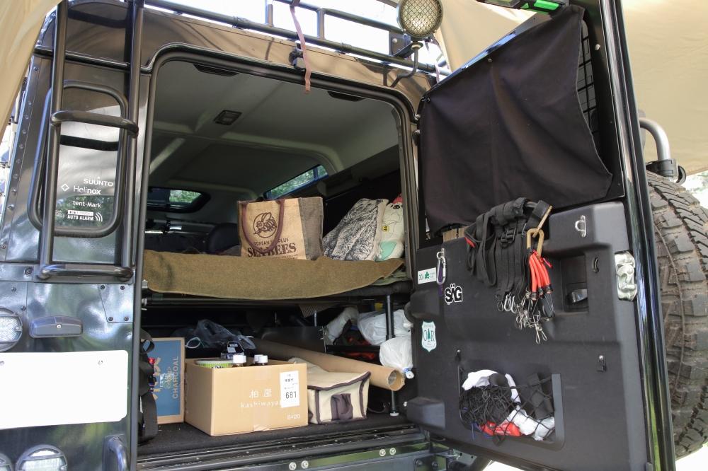 荷台は自作のDIYでカスタマイズ