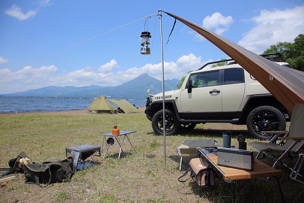 この日はカラッと晴天。猪苗代湖の向こうに磐梯山が美しく映える