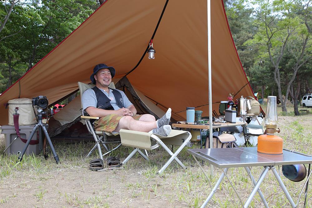 キャンプグッズはスノーピークのナチュラルなカラーで統一