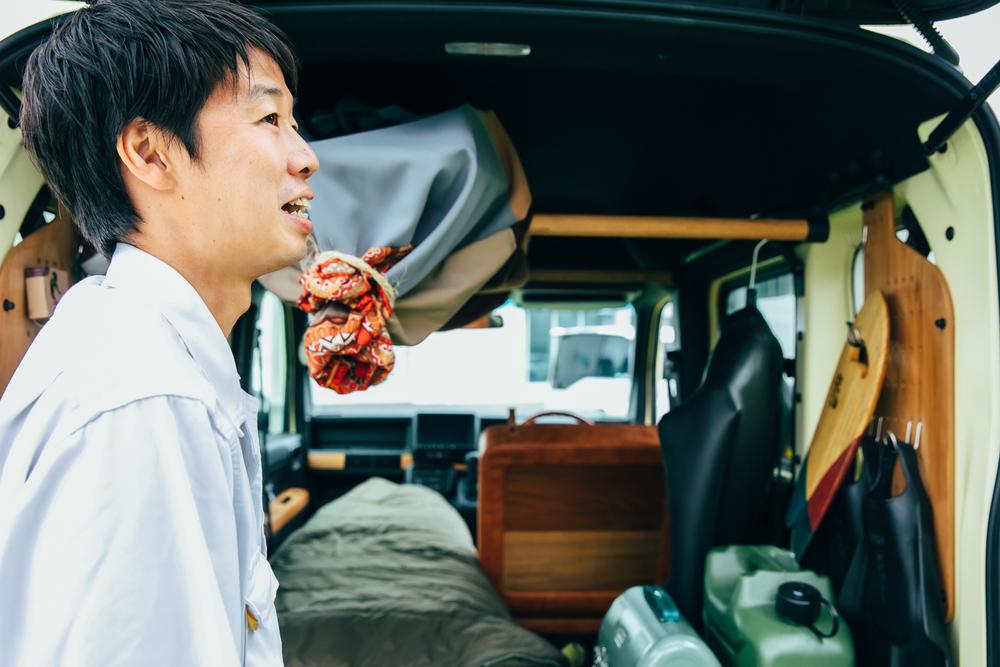 Hondaのコンセプトモデル「TRIP VAN」について説明するホンダアクセス商品企画部デザイナーの渡邊岳洋さん