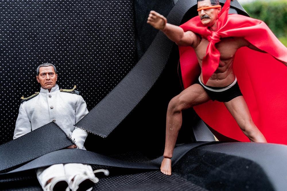 マッスルパンツのパワーでシートベルトが切れた