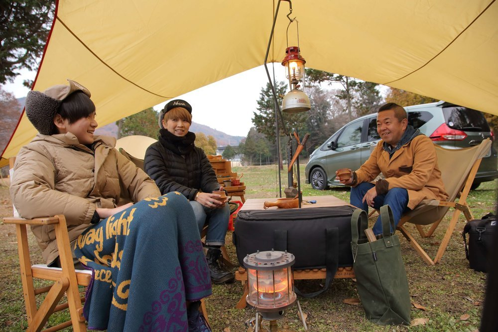 家族でキャンプを楽しむシエルブルーファミリー