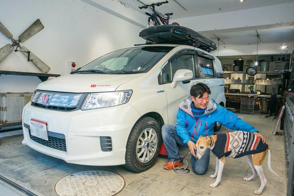 フリードスパイクで車中泊!犬と一緒のバンライフを救急救命士が実践!ム