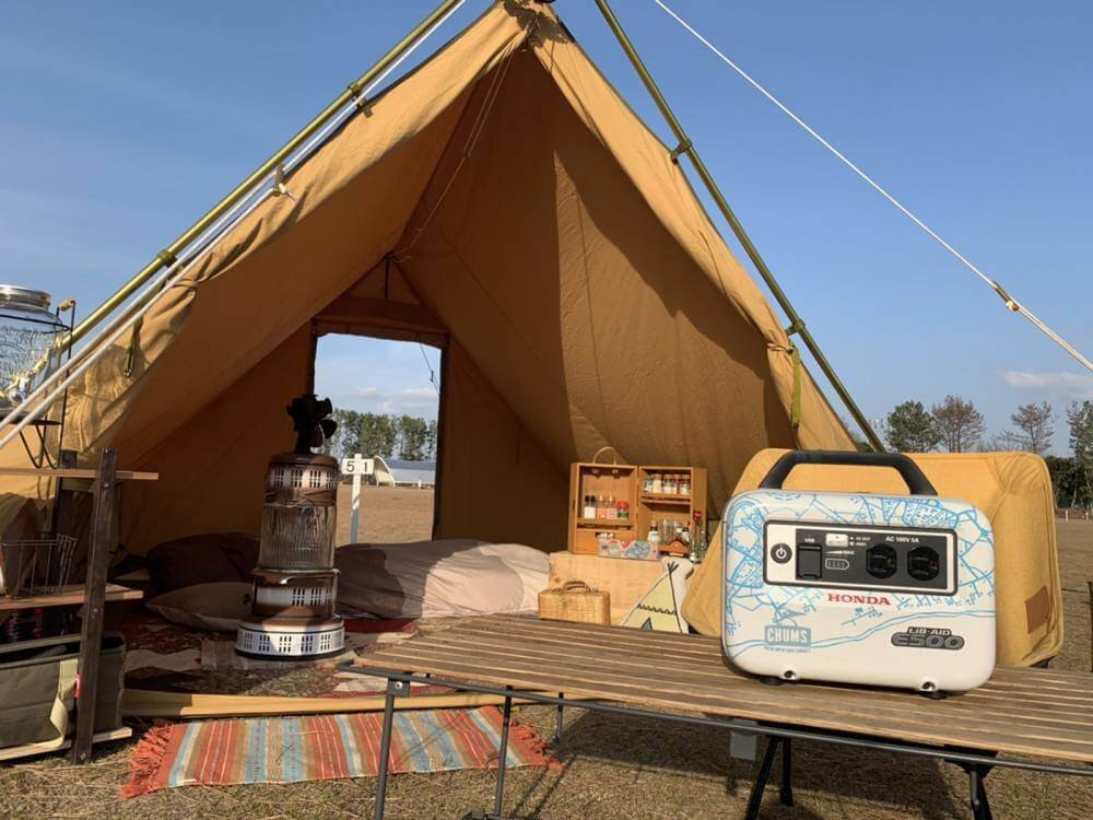森 風美さんのリベイドE500をキャンプで使うイメージ