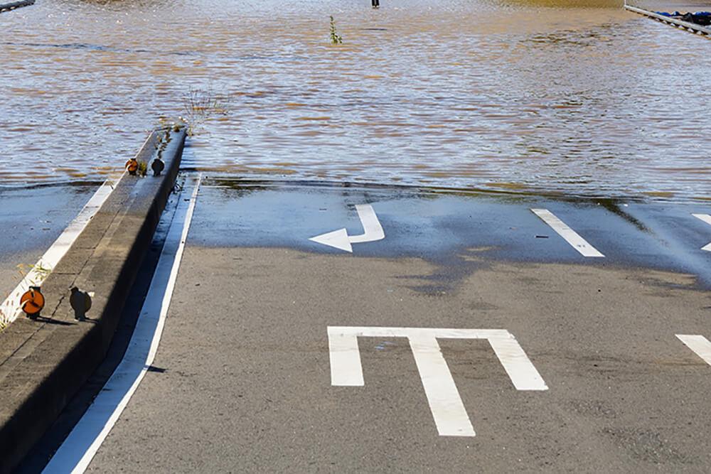 道路が冠水したイメージ