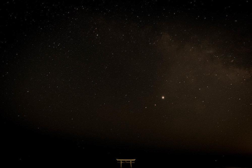 茨城県にある星空スポット「神磯の鳥居」の星空