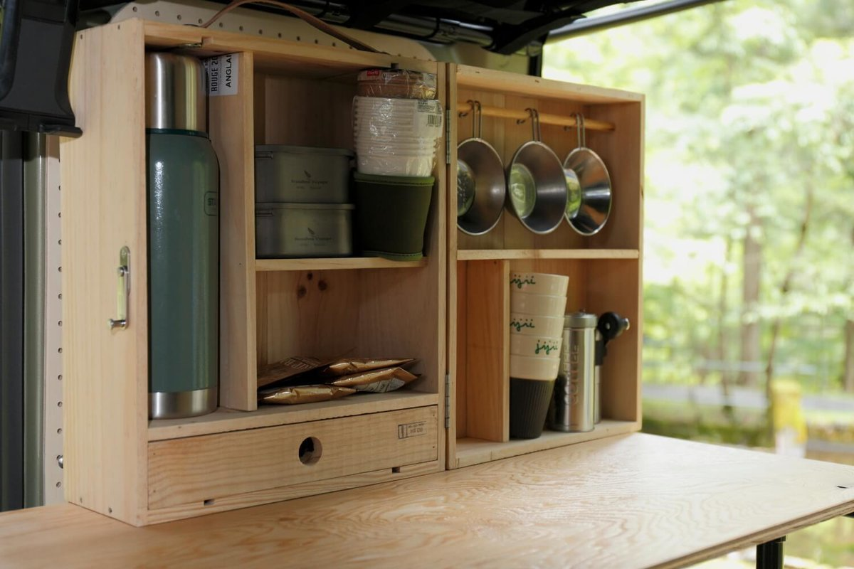 ワイン木箱を再利用して作ったキャンプボックス。N-VAN車中泊キャンプ、改造カスタム