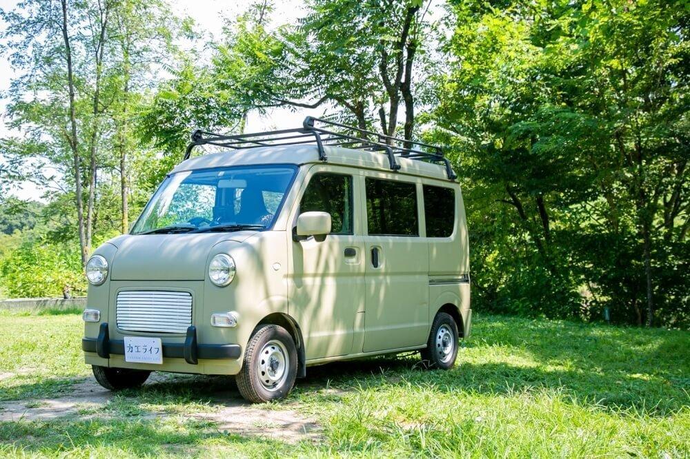 11_車中泊・キャンプの達人。三沢真実さんがカスタムしたスズキ・エブリイのフロント側写真