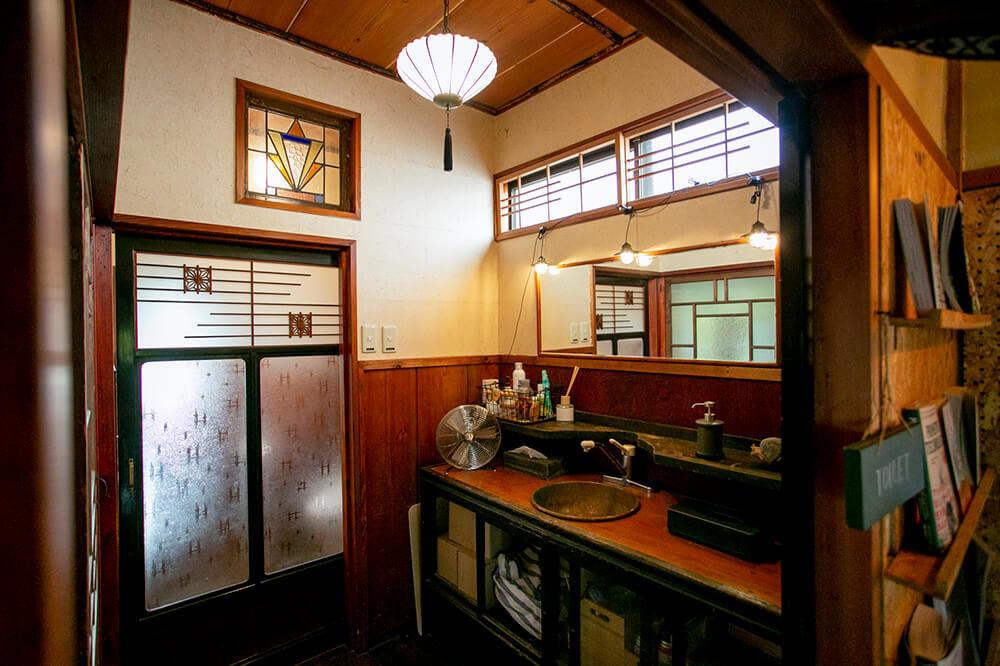 キャンプ民泊「NONIWA(ノニワ)」の洗面所
