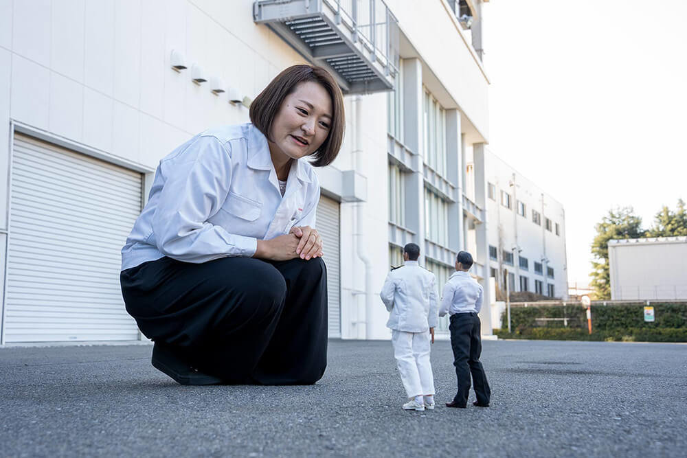 ホンダアクセスの藤井さんと会話しているミフネさん、ヨシダさん