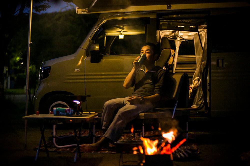 N-VAN COMPOを使ったキャンプイメージ