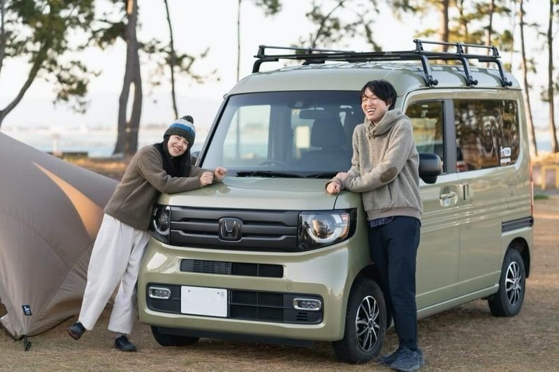 Hondaの軽自動車N-VANで車中泊・キャンプ、ゆるキャン聖地巡りを楽しむ野外のもりこさん夫婦
