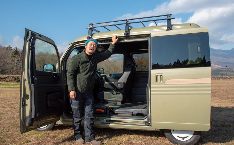 Hondaの軽自動車N-VANと、軽自動車で日本一周をした経験のある野田さん