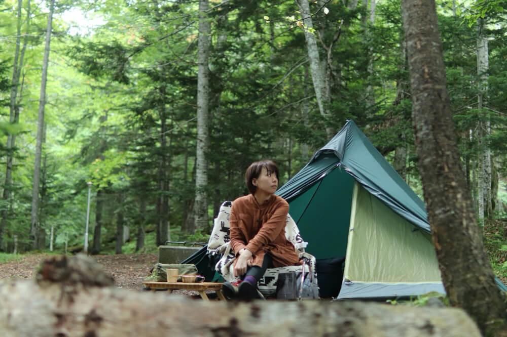 こいしさんがキャンプをしている写真