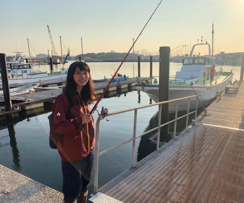 釣りを楽しむ森風美さん