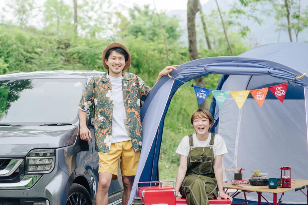 Honda N-WGN×CHUMSのデュオキャンプを教えてくれる株式会社ランドウェル広告宣伝部の市之瀬さん、佐藤さん