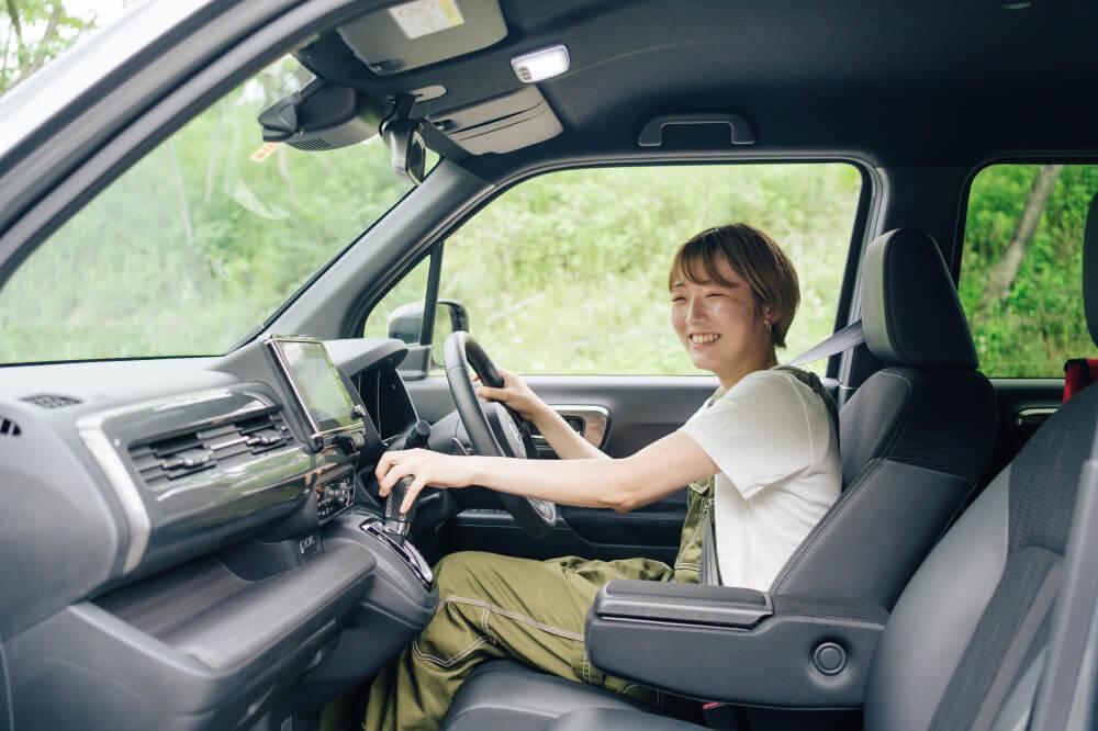 Honda N-WGNを運転する佐藤さん