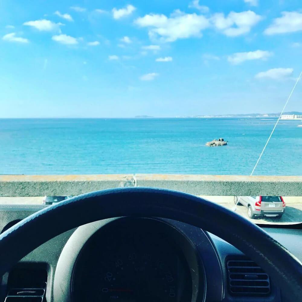 海が見える駐車場