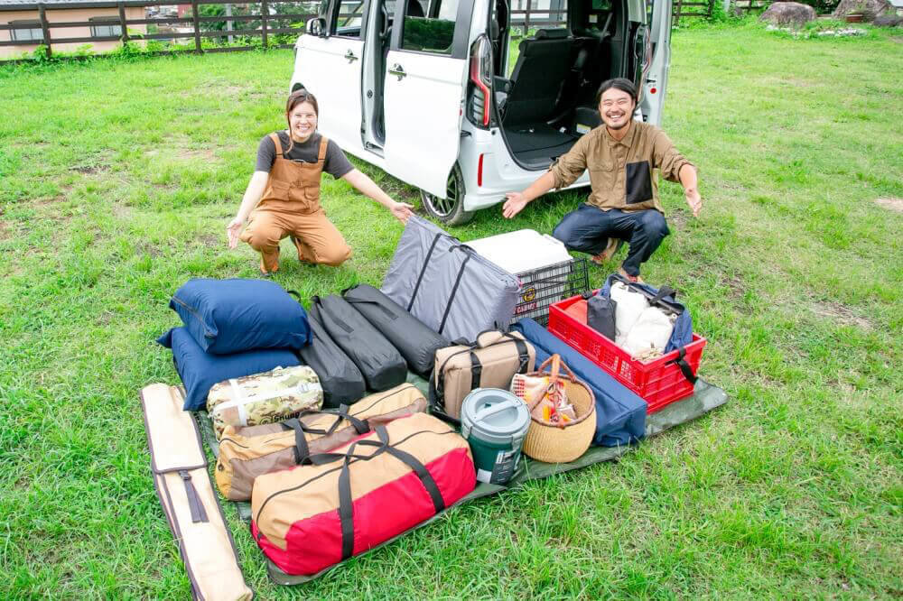3名でのキャンプを想定し、Hondaの軽自動車N-BOXに積んだキャンプ道具一式