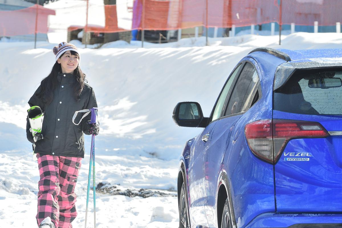 スキー場のオープン時間前にはもう準備完了! 車中泊のメリットですよね