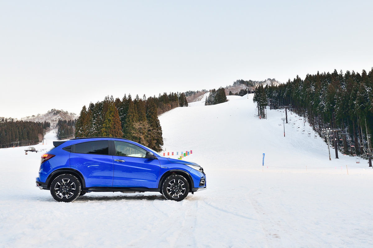 ヴェゼルで車中泊&スノースポーツをぜひ楽しんでみてください