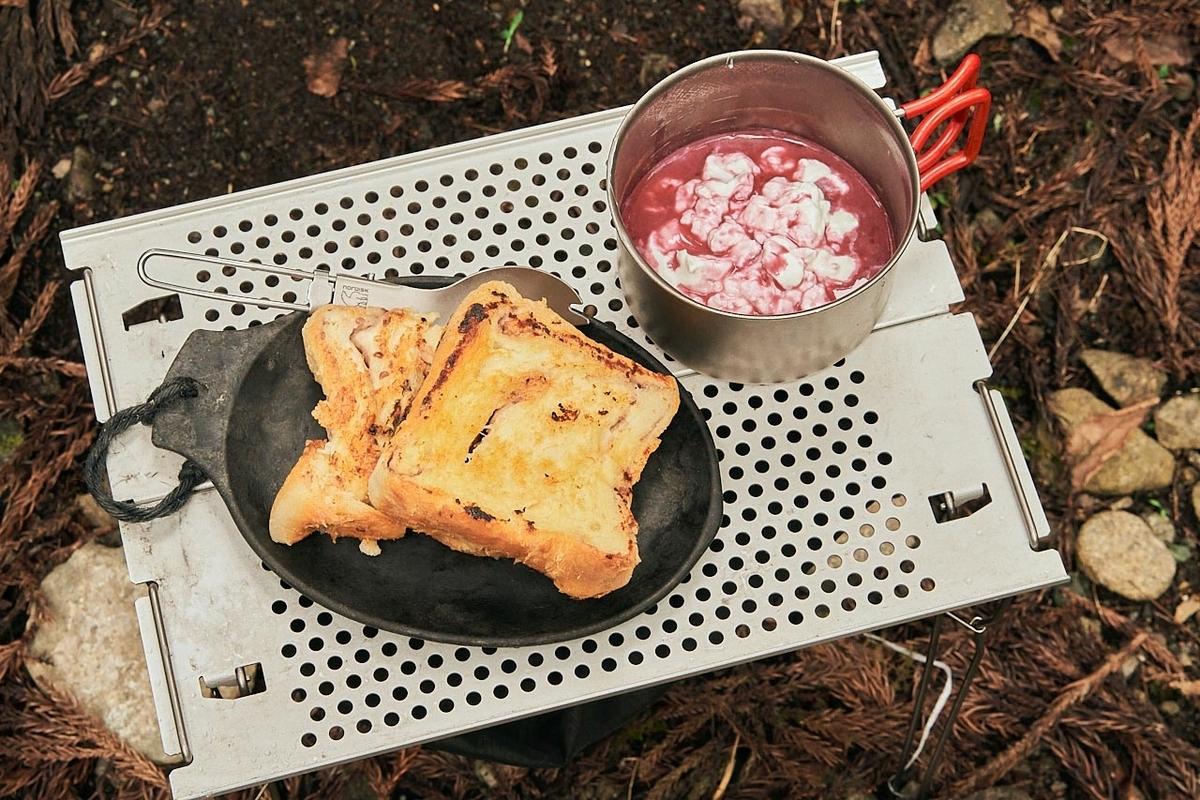 完成したセブンイレブン簡単キャンプ飯