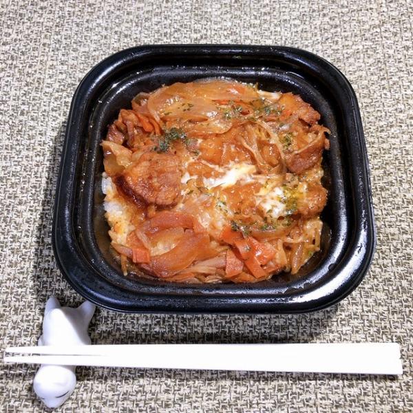 トロ~りチーズと濃厚な豚焼きの組み合わせを白いごはんで食べる幸せ♡