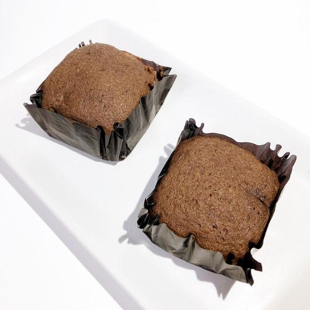 濃厚チョコ蒸しケーキでプロテインチャージ!140円の高コスパ  ローソン「プロテイン入りチョコ蒸しケーキ」