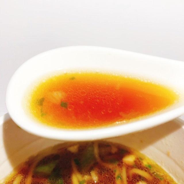 カネキッチンヌードル 芳醇醤油らぁめん スープ