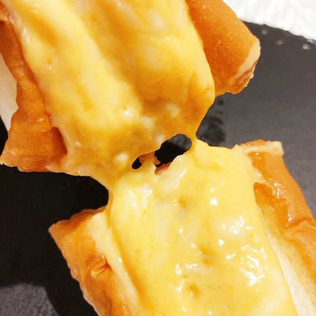 チーズはトロトロ