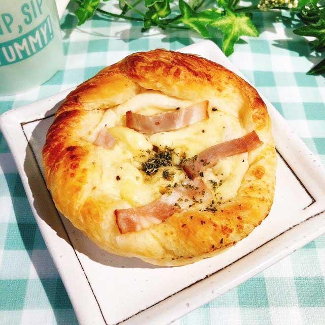 ファミマ「グラタンパン」実食