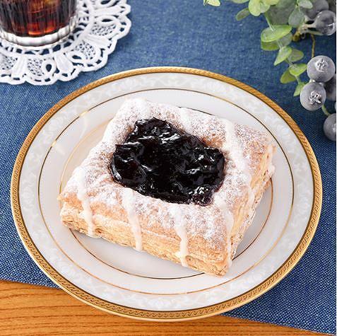 フルーツパイ(ブルーベリー&フロマージュクリーム)