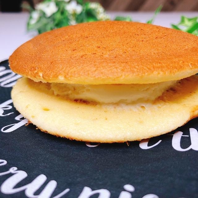 セブンイレブン パンケーキ レモン&レアチーズケーキ