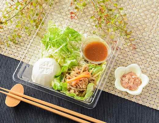 金平そぼろ炒めと豆腐のサラダ