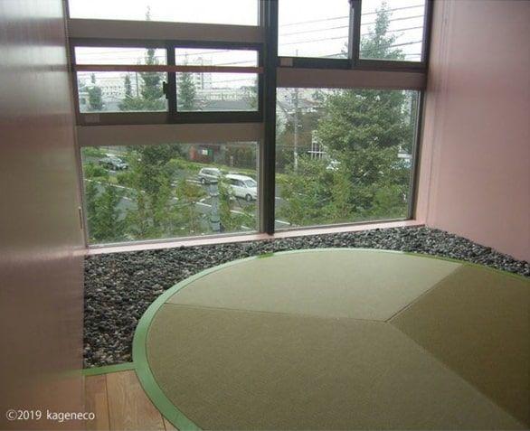 丸い畳の部屋