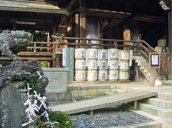筑波山神社にある酒樽