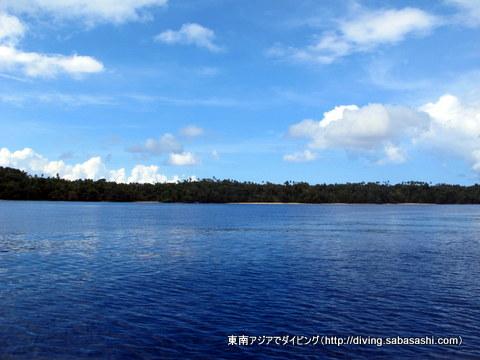 ブナケン島