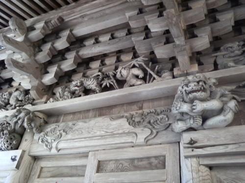 取上観音の彫刻2(新潟県東蒲原郡阿賀町取上)
