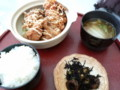 [新潟のおしいいもの]パインリッジリゾート神立(湯沢町)の鳥唐揚定食900円