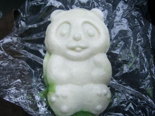 弥彦・分水堂菓子舗の白パンダ焼