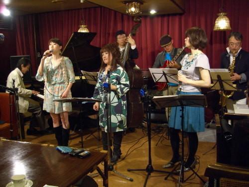 東日本大震災復興支援チャリティ・ブルカナリー・ライブ01